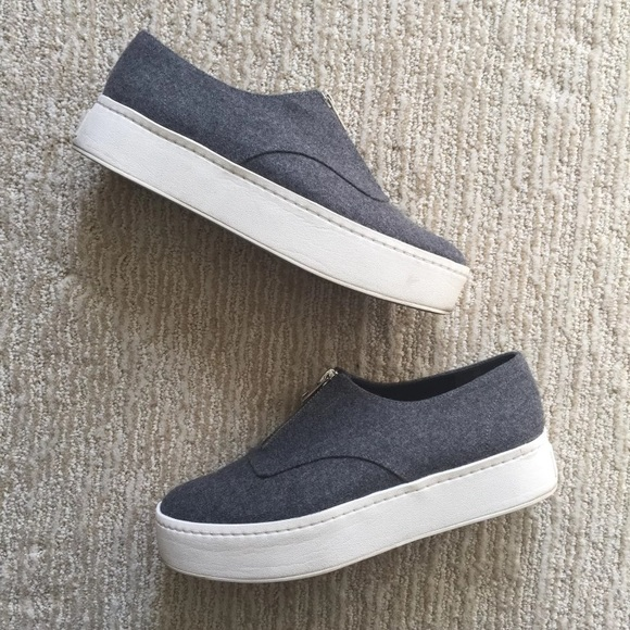 b8242809bbb Vince warner flannel platform sneaker. M 5a96db979cc7ef272cfe0aeb
